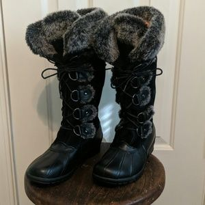 Nine West fur lined winter boot
